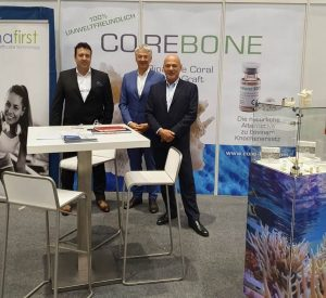 CoreBone booth at DGI Congress, Hamburg, Germany with potential German distributors