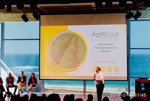 AgroScout CEO Simcha Shore presents at the Axis Tel Aviv event, 13-14 February 2019.
