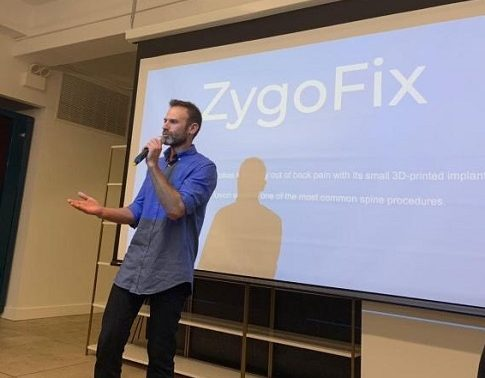 Congratulations! ZygoFix was a Gold prize winner in the 2019 MassChallenge Israel. Above: CEO Ofer Levy presents during the MassChallenge road show, 9-13 September.